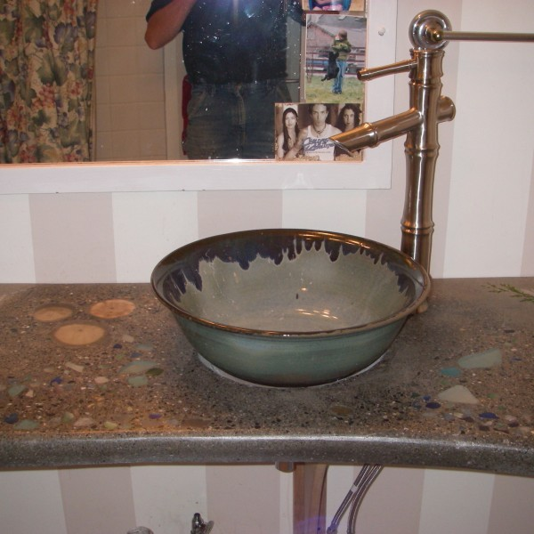 Wash basin on a countertop