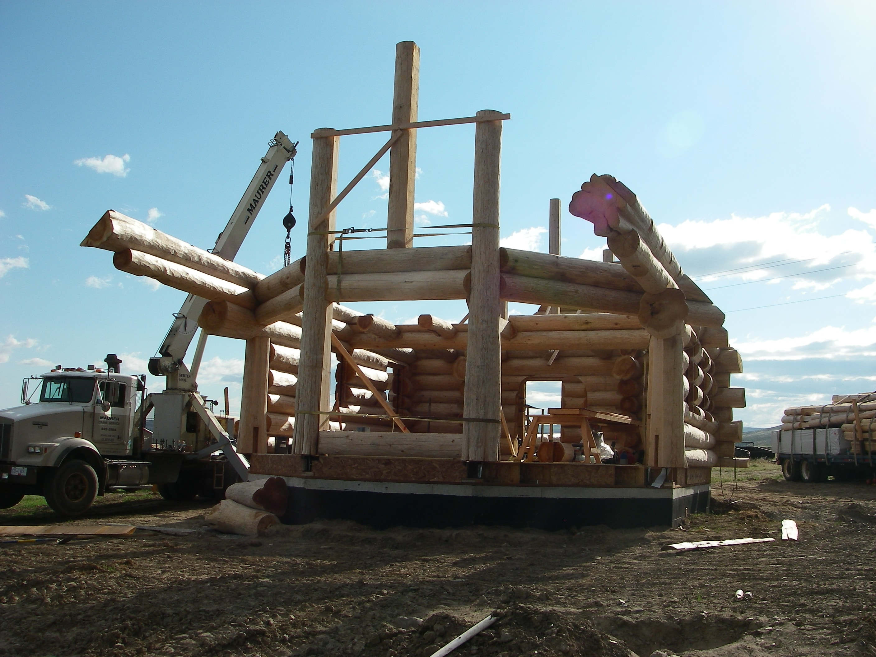 Log home construction in progress