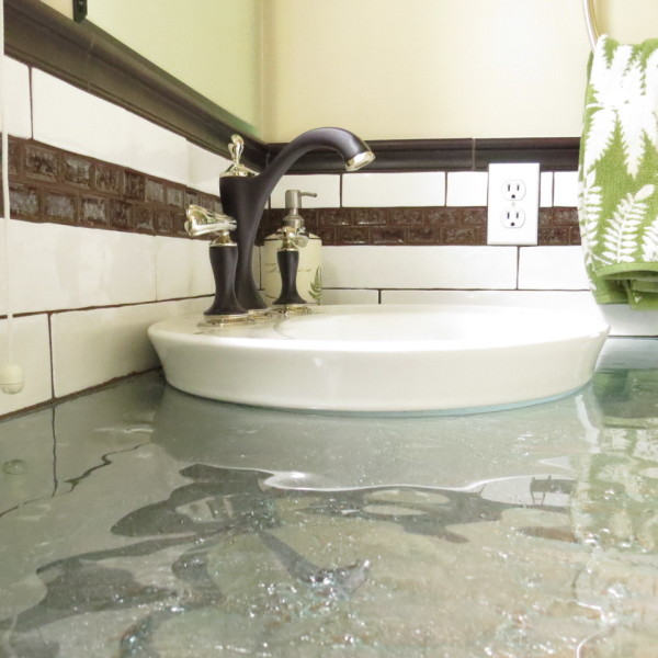 Sink and countertop - Smith Bath