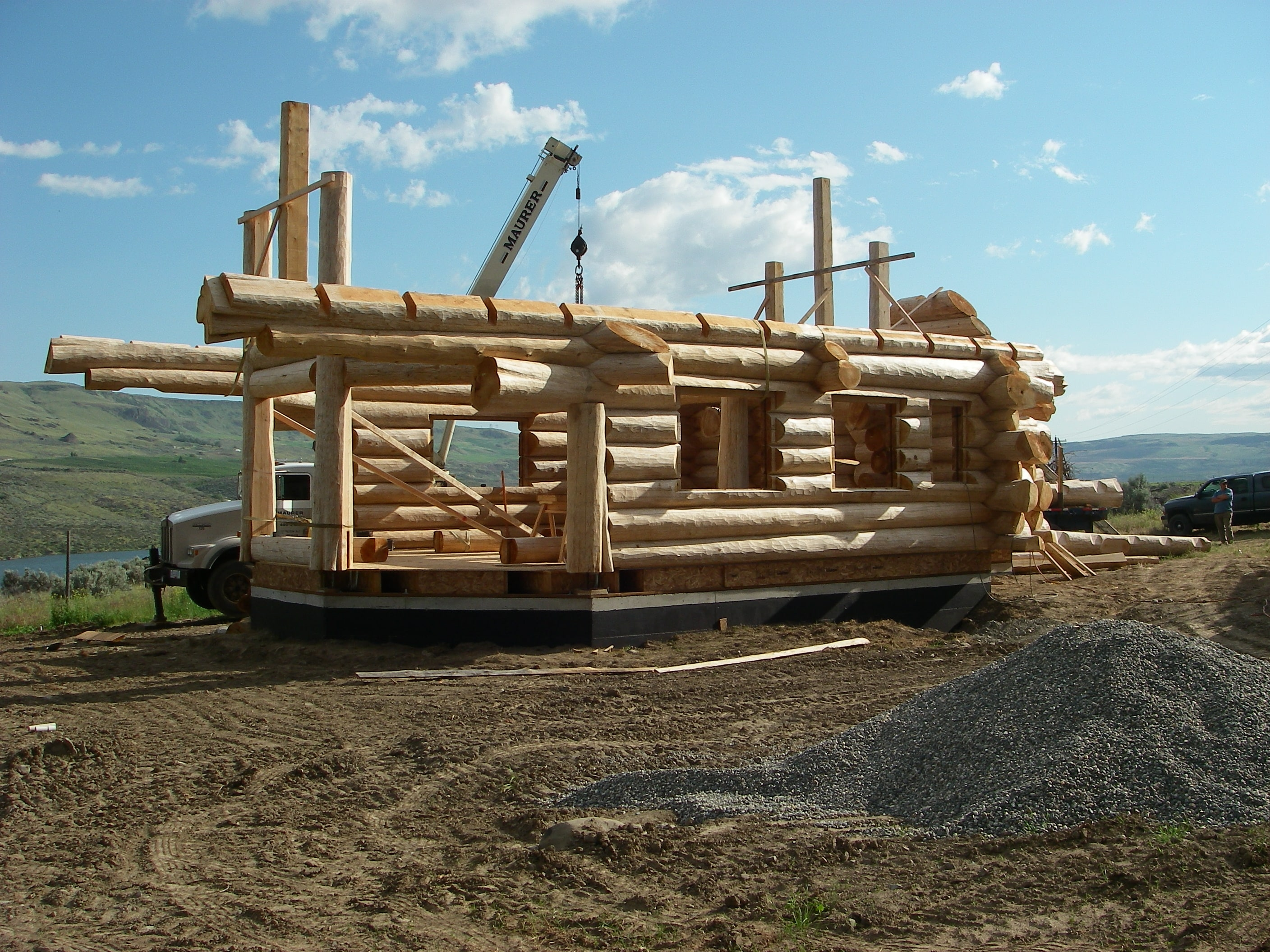 new log home construction